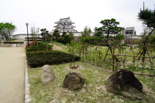 尼崎城遠景 – Amagasaki Castle