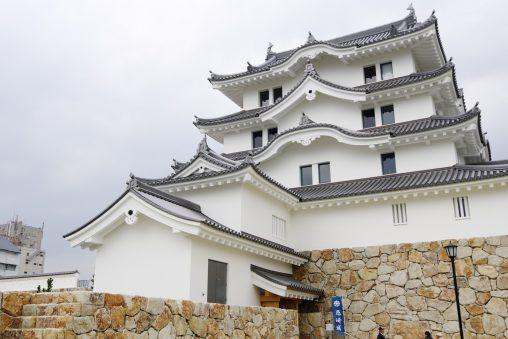 尼崎城模擬天守 – Amagasaki Castle Tenshu