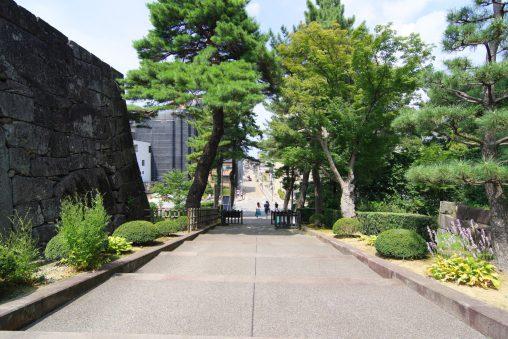 金沢城大手門 – The Ote-mon gate of Kanazawa castle