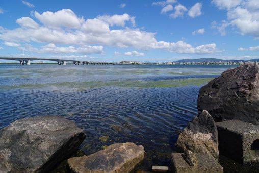 膳所城址からの琵琶湖(2) – Lake Biwa