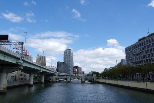 堂島川・水晶橋 – Dojima river