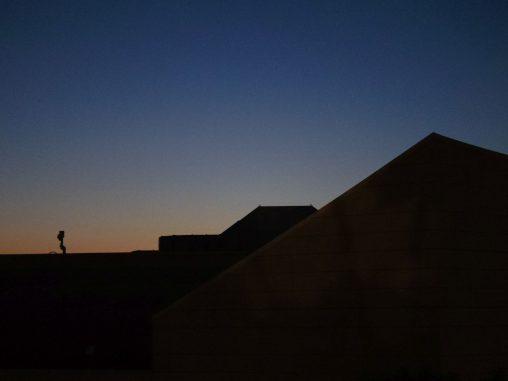 日の入り影絵 – Dawn and Shadow