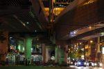 高架下路地 – A lane