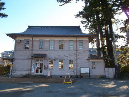 小田原城二の丸観光案内所 – Odawara castle tourist bureau