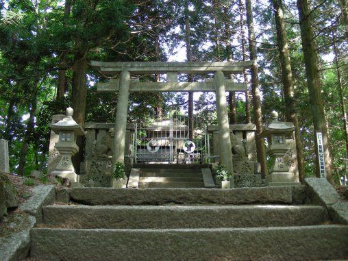 高龗神社(和泉葛城山) – Takaokami Shrine