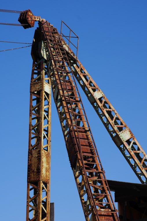 廃?クレーン – Abandoned Crane