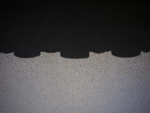 軒瓦の影 – Shadow of edge