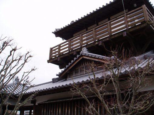 池田城跡公園展望櫓 – Ikeda Castle Remains Park